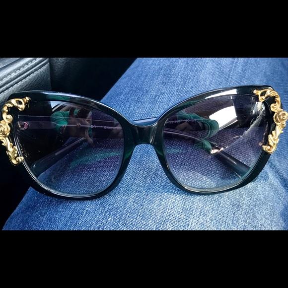 2a72eeda5e3 Dolce   Gabbana Accessories - Baroque style Dolce and Gabbana sunglasses